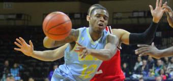 UMKC Rebounds with Defensive Road Win at Utah Valley, 66-59